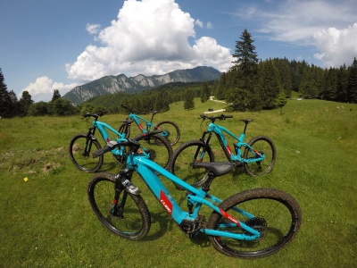 Tabara Electric Mountain-bike, Predeal